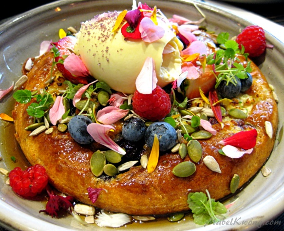 Ricotta hotcake with berries (Top Paddock). A great meal for one, but I chose to share it.