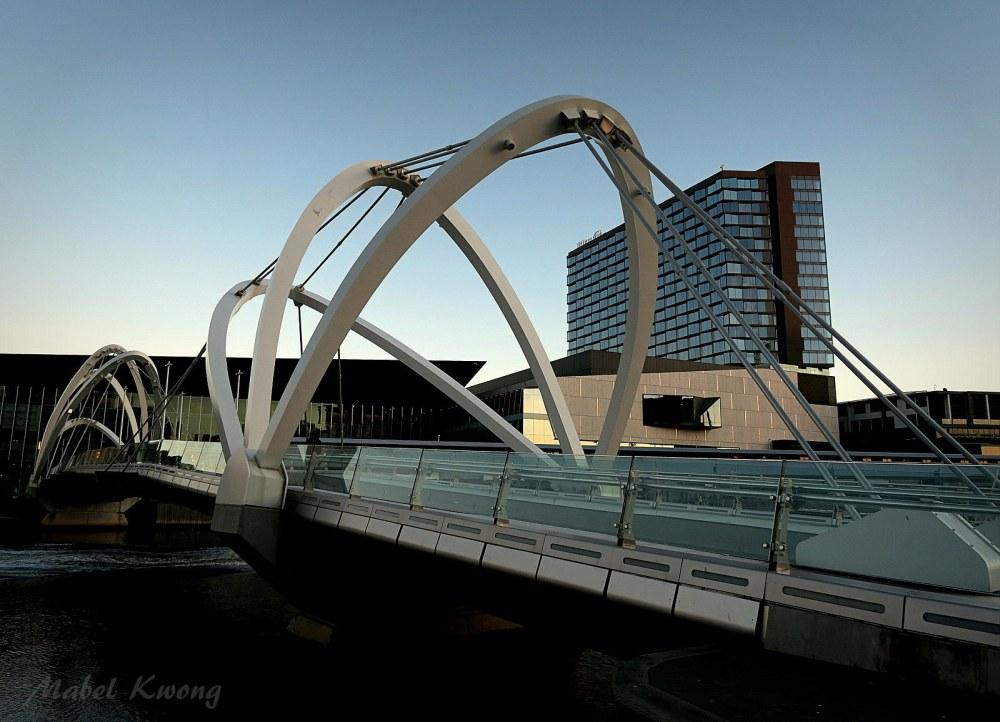...Seafarers Bridge, South Wharf, Docklands.
