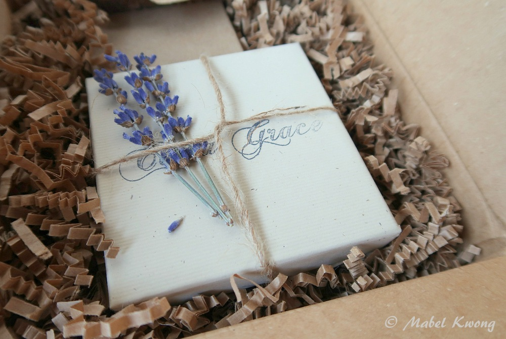 Lavender Gift Wrapping (1)