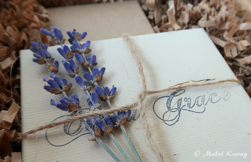 Lavender Gift Wrapping (3)